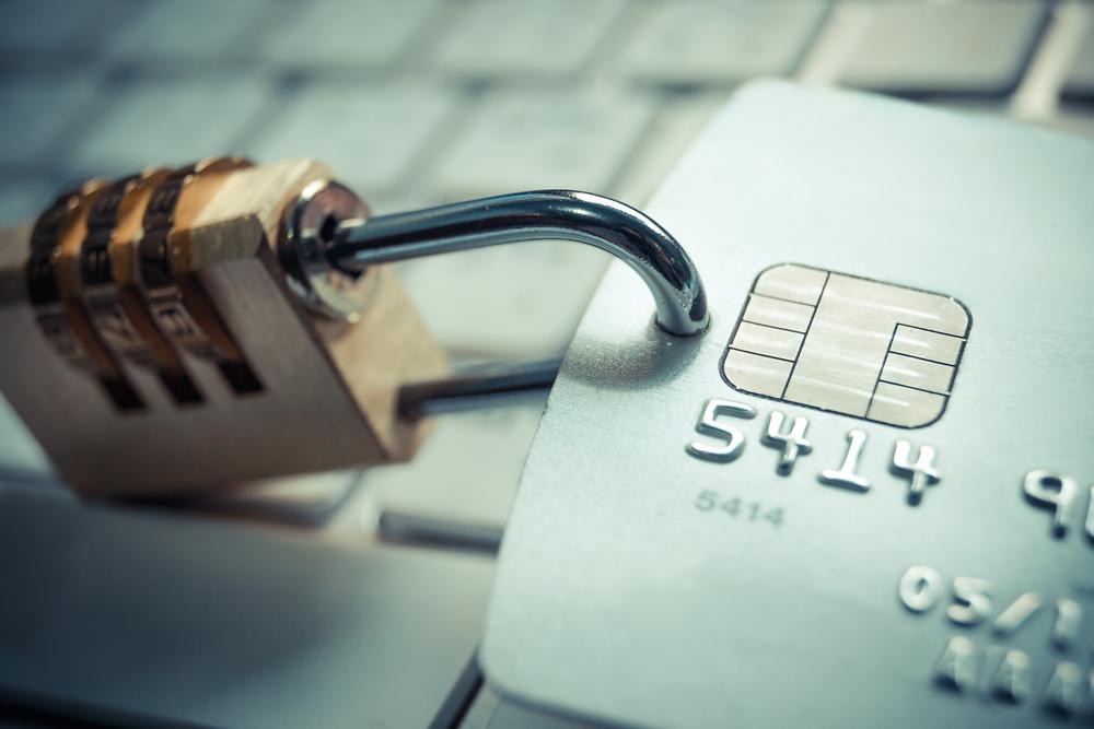 https://adalidmedrano.com/wp-content/uploads/2018/10/seguridad-bancaria.jpg